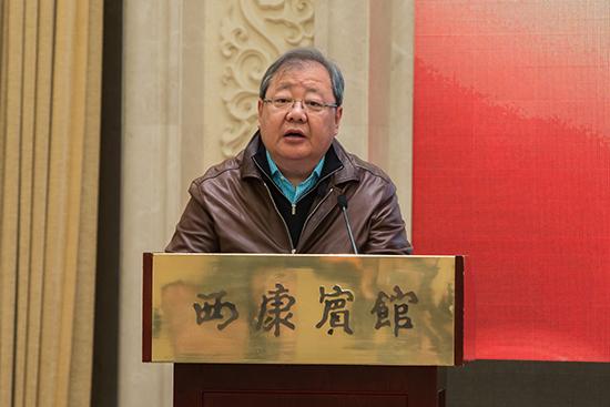 中国作家协会书记处书记、副主席吉狄马加在开幕式上致辞