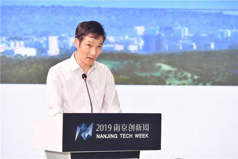 软件谷招商合作局局长夏红忠.jpg