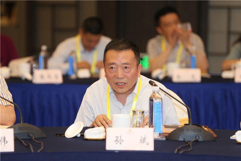 江蘇省科技發展戰略研究院院長孫斌1.jpg